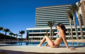 Hotel Diamante Beach zwembad